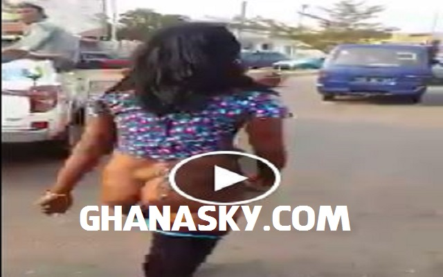 [VIDEO] Ghanaian Woman Runs Crazy After Evicting Her Family