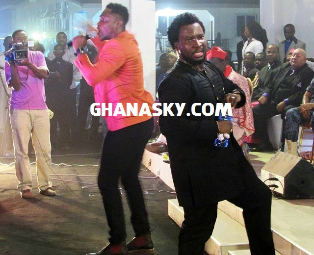 Sonnie Badu Storms Kumasi & National Theatre