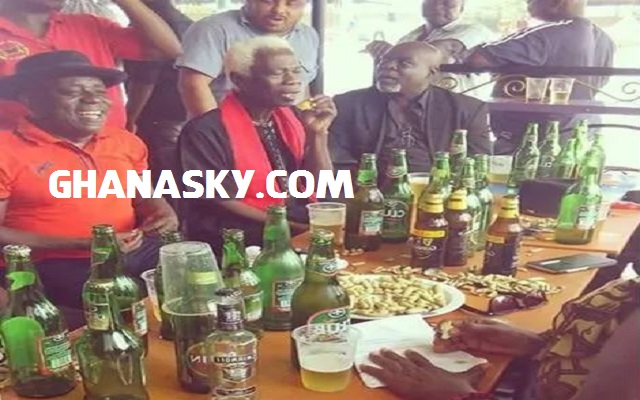 Ghanaian Actors make merry at Nii Odoi's funeral