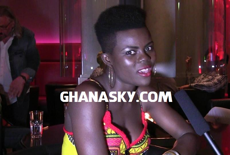 Ghana's Afro Pop Star WIYAALA Shakes Germany [Photos]